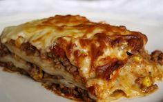 Lasagne al forno - Le lasagne al forno di cavolo sono una saporita idea per portare in tavolo questa verdura invernale, ricca di proprietà salutari ma non amata da tutti