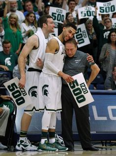 Michigan State basketball coach Tom Izzo won his 500th game as Denzel Valentine recorded his second triple-double of the season.