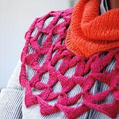 Ravelry: flora pattern by Lori Versaci