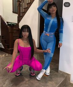 Watch me go ___________________________________________ Twin Outfits, Girl Outfits, Cute Outfits, Fashion Outfits, Matching Outfits Best Friend, Best Friend Outfits, Go Best Friend, Friend Pics, Friend Goals