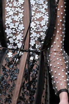 girlannachronism:  Valentino spring 2011 rtw details