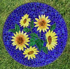 Mosaic Tray, Mosaic Tile Art, Mosaic Artwork, Mosaic Crafts, Mosaic Projects, Mosaic Glass, Stone Mosaic, Mosaic Flowers, Stained Glass Flowers