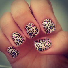 I don't normally like a design or print  on all the nails...but this I would actually do!