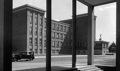 Kniha Architektura Hradce Králové na fotografiích Josefa Sudka