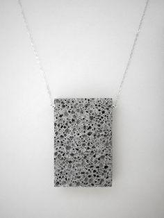 Léger aéré béton collier - pendentif grande dalle