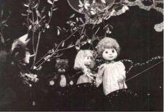 Jankina rozprávka, 27´, 1982 Výtvarník: Kaletová Jarmila Réžia: Šebová Lucia Pôvodná televízna bábková rozprávka Miroslavy Mesiarovej o tom, prečo má stará mama striebristé vlasy.