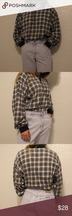 Vintage Plaid Collared Long Sleeve Shirt In great condition. Super sick vintage shirt. Very cute and comfy on!!! Unisex. ✨👔 Structure Shirts