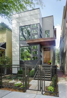 The Most Impressive Green Homes in Chicago Built for the owners of Uncommon Ground—a pair of cafés, one of which boasts an organic rooftop garden—this 2,900-square-foot home in Chicago by Kipnis Architecture + Planning boasts an array of sustainable design features, from custom cabinetry made from insect-damaged wood to skylights and carefully calibrated air flow that increase natural light and ventilation. Courtesy of GreenBuilt Home Tour.