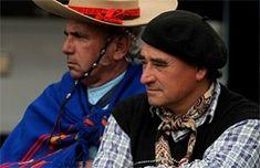 Veganas versus gauchos: El nuevo enfrentamiento que divide a Argentina, el país de la carne | Argentina Gaucho, Carne, Panama Hat, Cowboy Hats, Vegans, Countries, Panama