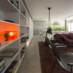 cube_house_studio_mk27 http://www.marciokogan.com.br / Photography: Fernando Guerra