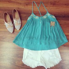 cute summer outfit to beat the heat!!