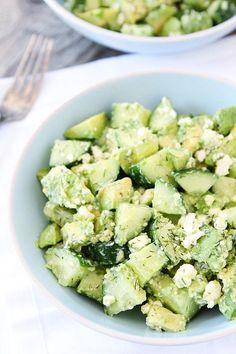Salade concombre et avocat