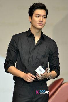 INDIVIDUO CANDY: Nuevas fotos francos de Lee Min Ho en la reunión de fans de…