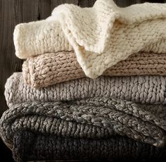 Chunky hand knitted throw Knitting is really a method by which yarn will be inflated White Carpet, Patterned Carpet, Knit Rug, Crochet Rugs, Medicine Cabinet Mirror, Knitted Throws, Wool Throws, Carpet Styles, Rug Sale