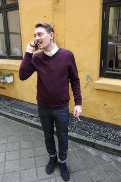 Emil - afsnit 2 #sjithappens Skjorte: H&M Bluse: Prag Bukser: Weekday Sko: Clarks