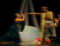"""Haremul este un """"melting pot"""" de iubire, intrigi, gelozie şi moarte. Aceastã poveste inspiratã din """"1001 şi una de nopţi"""", interpretatã prin mişcare, corpuri şi muzicã a fost pusã ȋn scenã de Gabriela Gegea, ca regizor dar şi coregraf la Teatrul Național de Operă și Operetă """"Nae Leonard"""" – Galați, ȋntr-un spectacol participant laFestivalul […] Futurism, Wrestling, Culture, Lucha Libre, Futurism Architecture, Futuristic Architecture"""