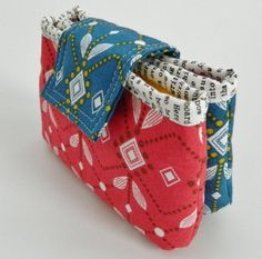 Anna double zipper pouch PDF sewing pattern  by sotakhandmade