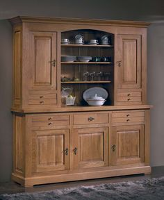 Kitchen Cupboards, Wood Cabinets, Kitchen Storage, Kitchen Decor, Dining Furniture, Wooden Furniture, Furniture Design, Crockery Cabinet, China Cabinet