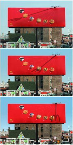 그림자 효과를 이용해 시간대별로 먹으면 좋을 만한 간식을 추천해주는 맥도날드 광고. 재미있네요 :)