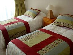 pieceras - Buscar con Google Linen Bedding, Duvet, Bed Scarf, Bed Runner, Bed Spreads, Table Runners, Sewing Projects, Textiles, Quilts