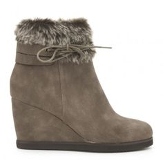 Botín cuña IXOO FOUX FUR BOOTS Wedges, Shoes, Fashion, Winter, Women, Moda, Zapatos, Shoes Outlet, Fashion Styles