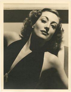 Joan Crawford - Photo by George Hurrell