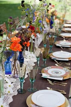 1000 images about wedding decor using colored glass on for Colored bottles for decorations