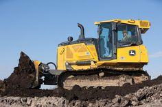 New John Deere 700K SmartGrade™ Dozer Offers Contractors a Competitive Edge | Rock & Dirt Blog Construction Equipment News & Information #JohnDeere #Dozers
