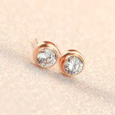 Disc Stud Earrings With Zircon