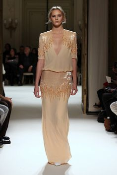 I'm obsessed with this designer, gorgeous- Georges Hobeika 2012 summer...