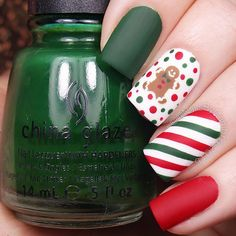 ❤️❤️❤️❤️ How cute are these little gingerbread men vinyls from @twinkled_t?  @chinaglazeofficial Salsa, Holly-Day, White On White, and Matte Magic @twinkled_t Striping stencils, Holiday sheet, and #00 nail art brush   10% off with my code ❤️CAMBRIA❤️ Brown and white acrylic craft paint  @sechenails Seche Vite All polishes except Holly-Day are from @hbbeautybar   15% off with code nailsbycambria