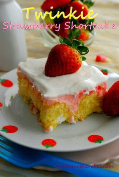 Twinkie Strawberry Shortcake @Hayley Parker (The Domestic Rebel)
