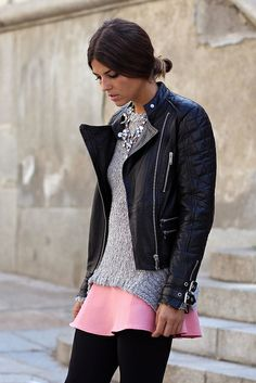 Chaqueta y jersey/Jacket and sweater: Zara (Old) Falda y collar/Skirt and necklace: Zara (AW Botines/Booties: IT SHOES (AW Trendy Taste, Pink Street, Autumn Street Style, Autumn Winter Fashion, Fall Fashion, Leather Jacket, Outfits, Clothes For Women, Stylish
