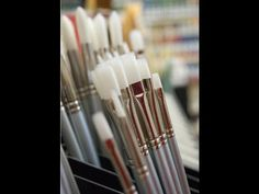 Acrylic Painting Tip #13 - Choosing the Best Brushes For Acrylic Painting