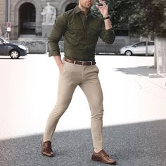Summer mens fashion mens outfits offers i Street Style Inspiration, Olive Shirt, Formal Men Outfit, Moda Formal, Best Street Style, Street Styles, Cooler Style, Style Masculin, Cool Outfits