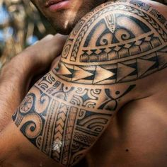 Maori tattoos on the upper arm - what significance do the Polynesian signs have? Maori tattoos on the upper arm - what significance do the Polynesian signs have?