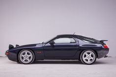 Looking for the Porsche 928 of your dreams? There are currently 32 Porsche 928 cars as well as thousands of other iconic classic and collectors cars for sale on Classic Driver. Porsche 928 For Sale, Porsche 928 Gts, Porsche Autos, Porsche Cars, Porsche Classic, Black Porsche, Bmw Classic Cars, Classic Auto, Porsche Carrera
