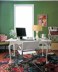 Like that the desk is in the middle of the room: office space via dwellingsanddecor.tumblr.com