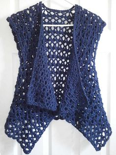Ravelry: Mesh Vest pattern by Doris Chan Free crochet pattern Ravelry: Mesh Vest pattern by Doris Chan. I'd like to make this shape but from material, preferably cotton or viscose. Ravelry: Mesh Vest pattern by Lion Brand Yarn (crochet - free) - try to fi Débardeurs Au Crochet, Gilet Crochet, Mode Crochet, Crochet Vest Pattern, Crochet Jacket, Crochet Woman, Crochet Cardigan, Crochet Scarves, Crochet Shawl