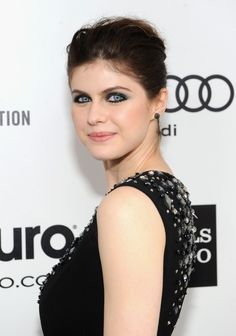 Actress Alexandra Daddario attends the Annual Elton John AIDS Foundation Academy Awards Viewing Party at The City of West Hollywood Park on March 2014 in West Hollywood, California. Hottest Female Celebrities, Celebs, Beautiful Eyes, Most Beautiful, Beautiful Women, Alexandra Daddario Images, Kelly Rohrbach, Kelly Ripa, Elton John Aids Foundation
