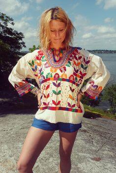 70S Guatemala cotton blouse  indiVintage.com