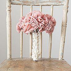 Rustic Wedding Bouquet #RusticWeddingInspiration #RusticWeddingIdeas