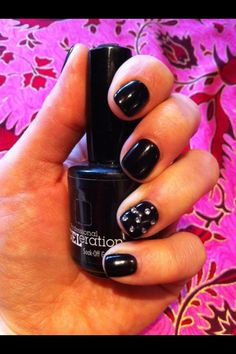 Glam Rock anyone? Jessica GELeration in Sunset Blvd. with crystal accent nail.