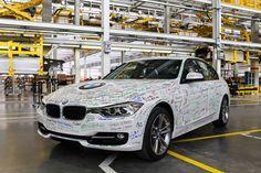 El consorcio alemán ha estrenado la cadena de montaje de su primera factoría suramericana. Ubicada en la localidad de Araquari (Santa Catarina), al sur de Brasil, producirá más de 30.000 vehículos al año de las marcas BMW y Mini.