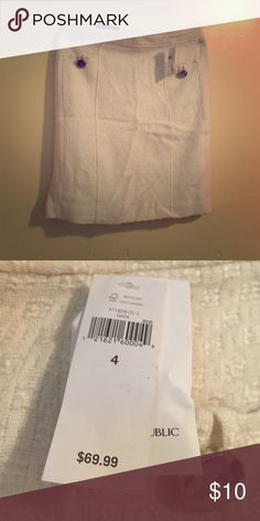 Brand new banana republic skirt New with tags White banana republic skirt Banana Republic Skirts Asymmetrical