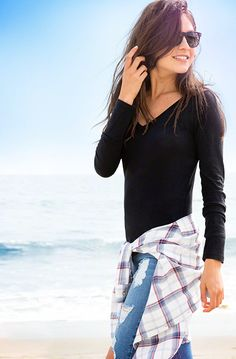 Girls Must-Have Tees & Tanks | Supersoft t-shirt with v neckline, long sleeves, Slim Fit : HollisterCo.com