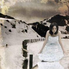 Singing my song  #selfportraits #fotografia #selfportratits #dreams #surrealismo by Isabel Barranco