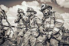 FEATURED POST @srm911 - On standby! @local1403 @miamidadefirerescue @chief_miller #firefighter #firemen #instagreat . ___Want to be featured? _____ Use hastag chiefmiller WWW.CHIEFMILLERAPPAREL.COM . . CHECK OUT! Facebook- chiefmiller1 Periscope -chief_miller Tumblr- chief-miller Twitter - chief_miller YouTube- chief miller