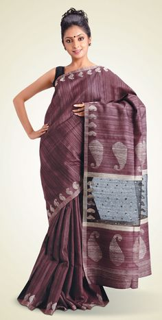 love the texture of this saree