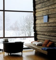 i would love to have a modern cabin like this someday! This makes me think of my hometown in NY. :(